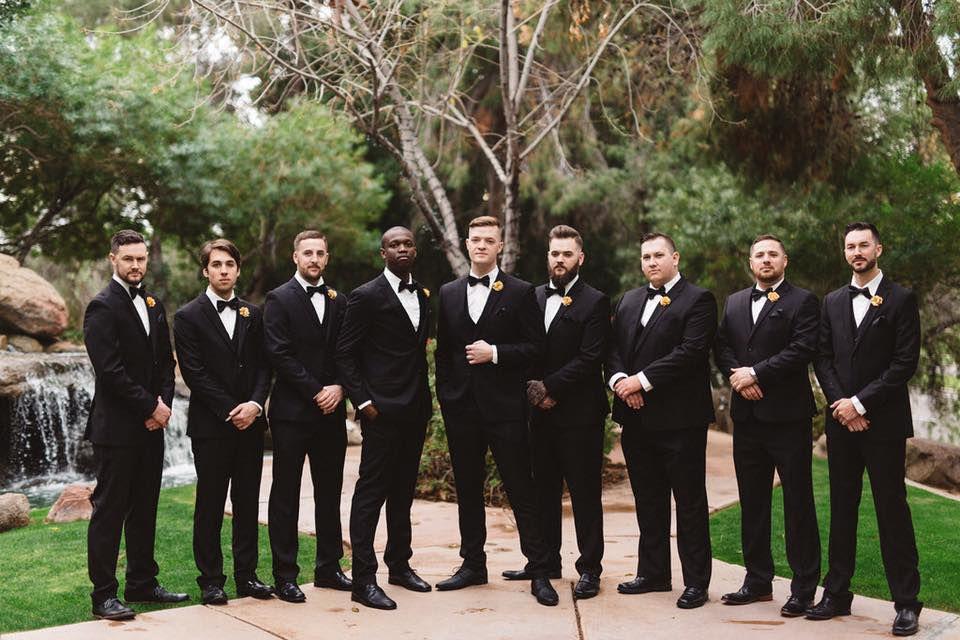 groom-men