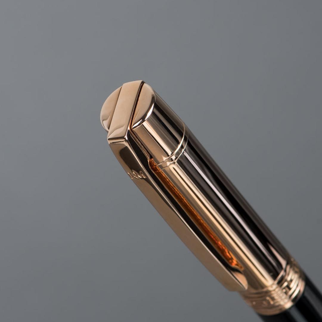 شماغ دسار شلش مع قلم نيتو ماراني