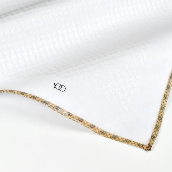 شماغ يوو أبيض بني فاتح وخطوط سوداء (مكس تون)