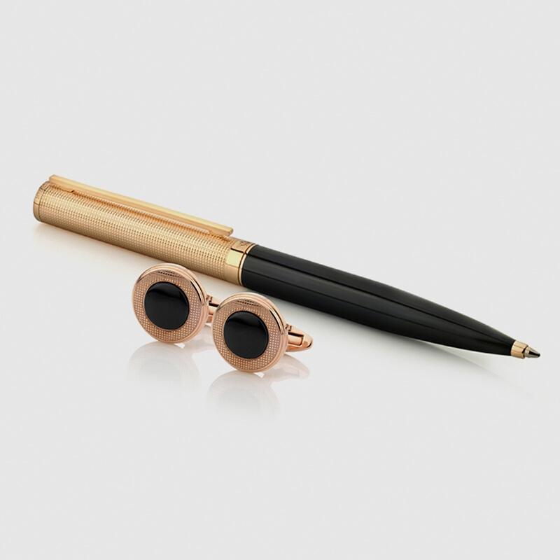 شماغ ايفنتو مع طقم قلم وكبك