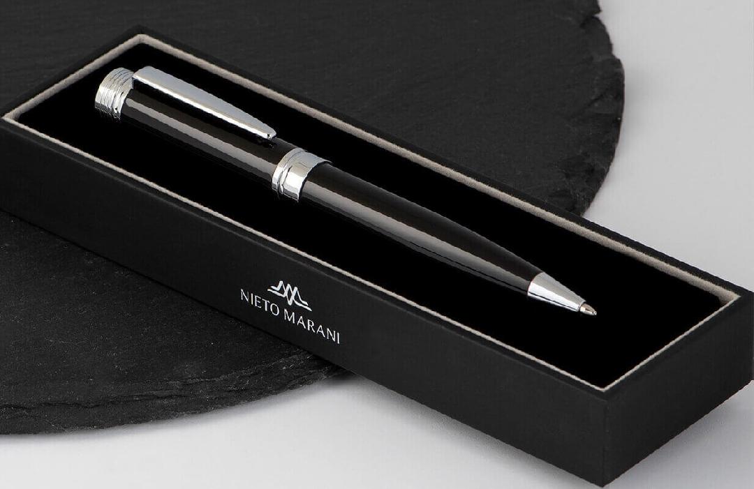 قلم  نيتو ماراني أسود فضي بسن متوسط