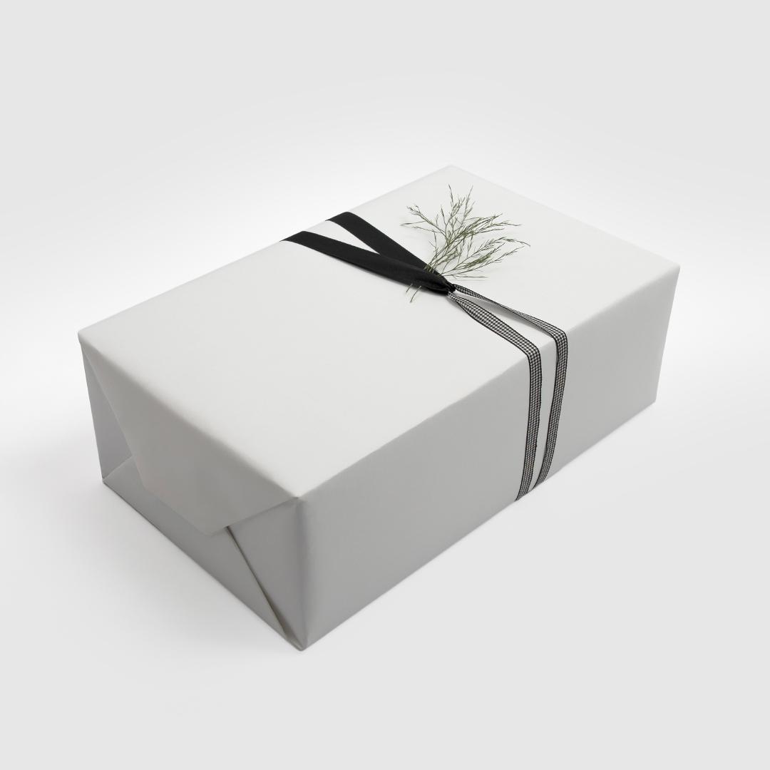بوكس شماغ إيفنتو أحمرمميز، عطر كالفن كلاين يوفوريا - أو دو تواليت (رجالي) 100 مل