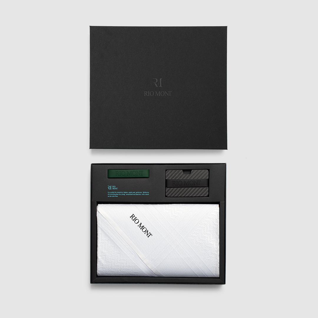 شماغ ريو مون كلاسك أبيض مع محفظة كاربون فايبر بحزام أسود/ أخضر