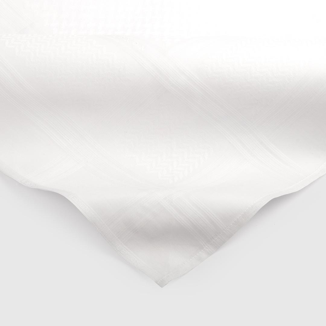 طقم  لكسون موديل  2020م كلاسيك وايت شماغ أبيض مع عطر جاكوار فور من - أو دو تواليت (رجالي) 100 مل