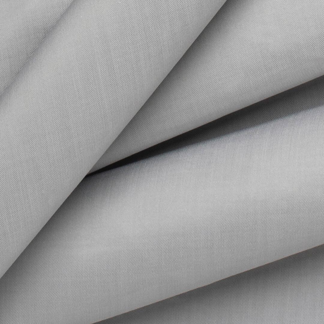 قماش رمادي متوسط الدرجة