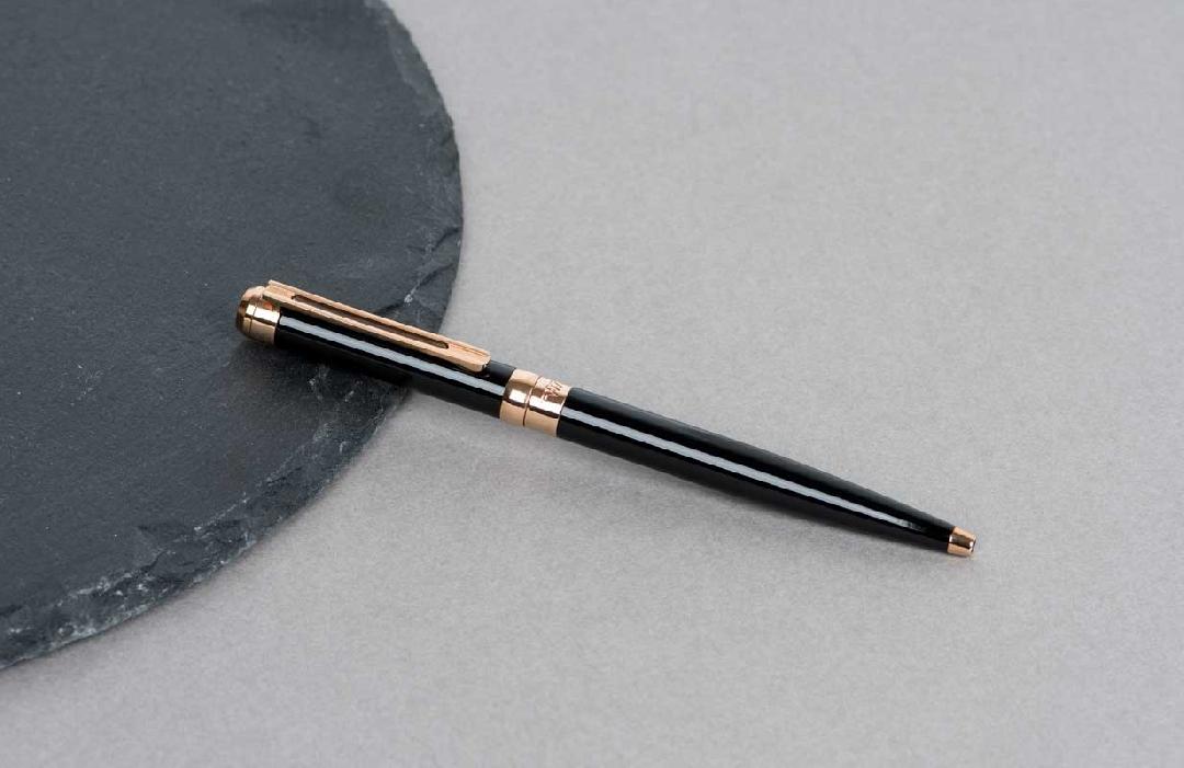 قلم  نيتو ماراني اسود براس ذهبي روز