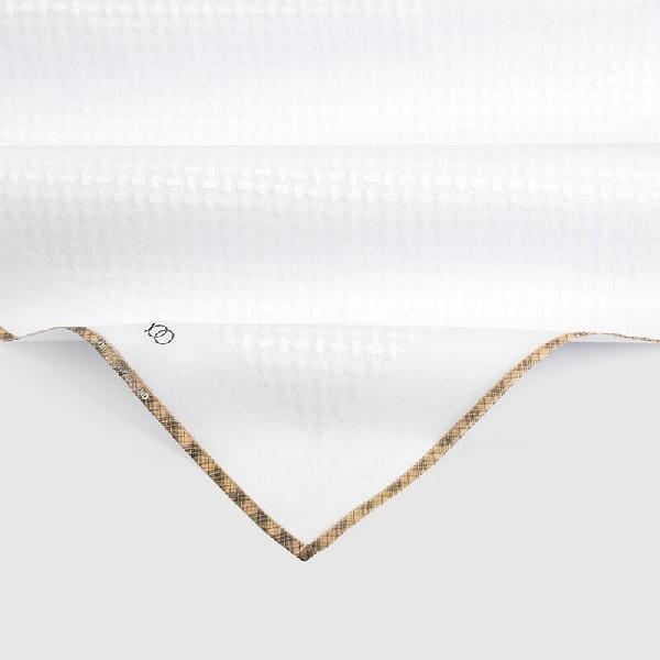 شماغ يوو مكس تون أبيض بأطراف بني فاتح وخطوط سوداء