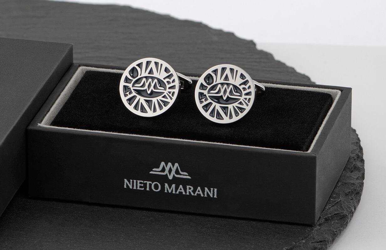 كبك فضي محفور باللون الأسود ـ نيتو ماراني