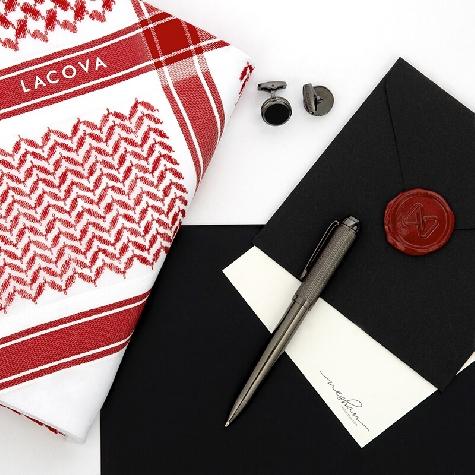 Red LACOVA Shemagh & In Dark cufflink Pen Set