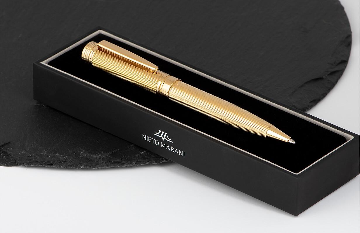 قلم ذهبي لامع - نيتو ماراني