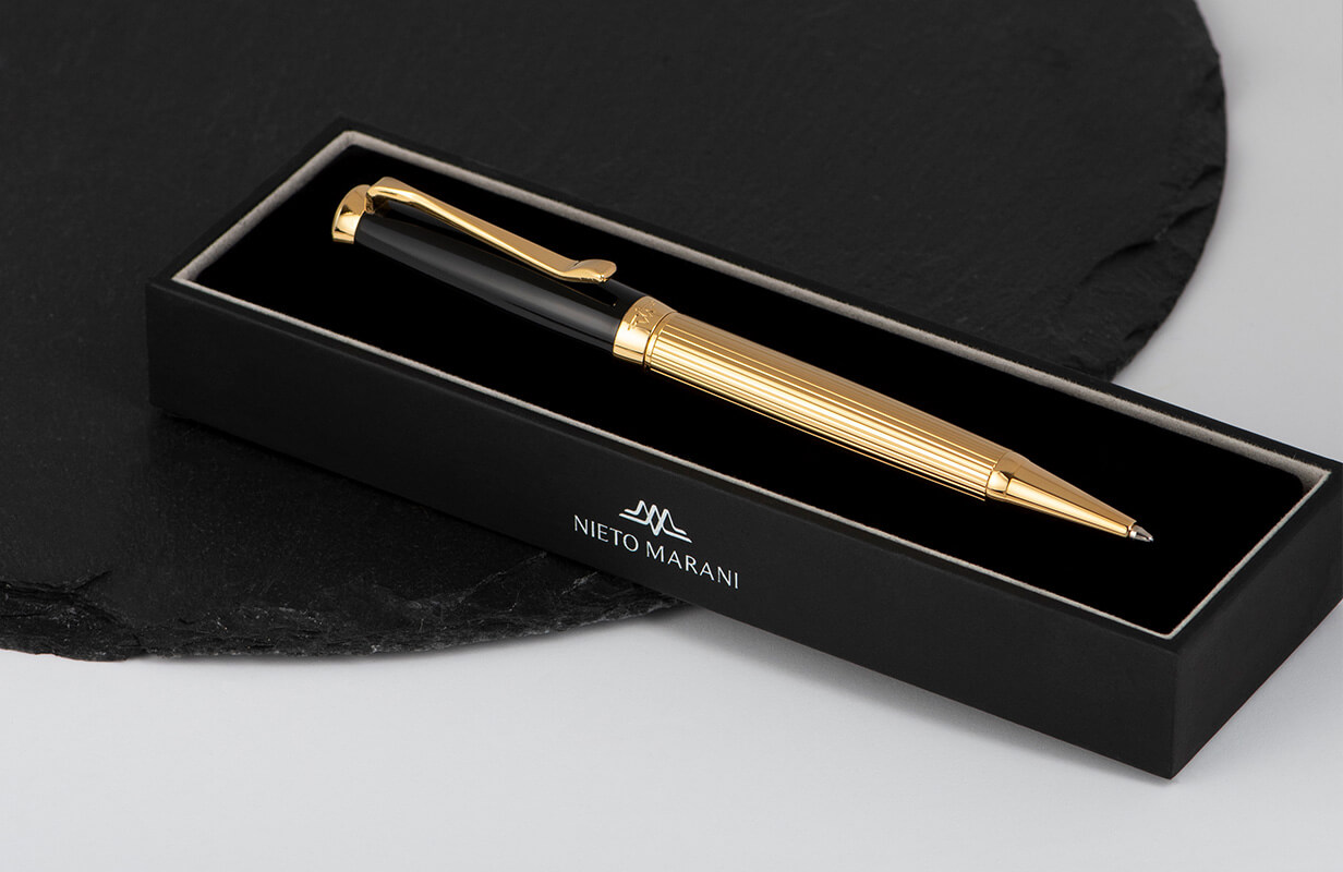 قلم أسود ذهبي سادة انيق - نيتو ماراني