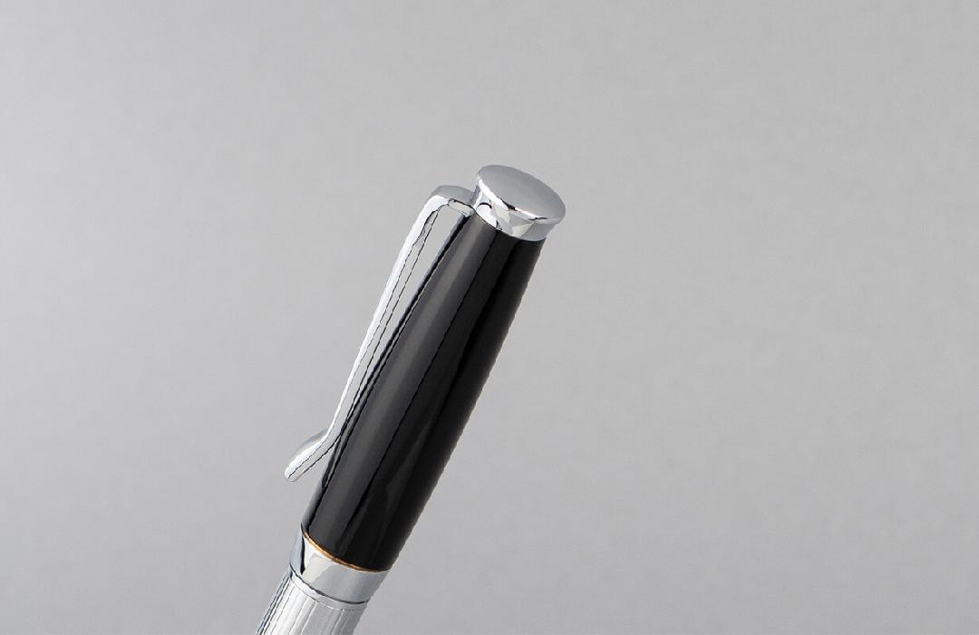 قلم  نيتو ماراني أسود فضي سادة مميز