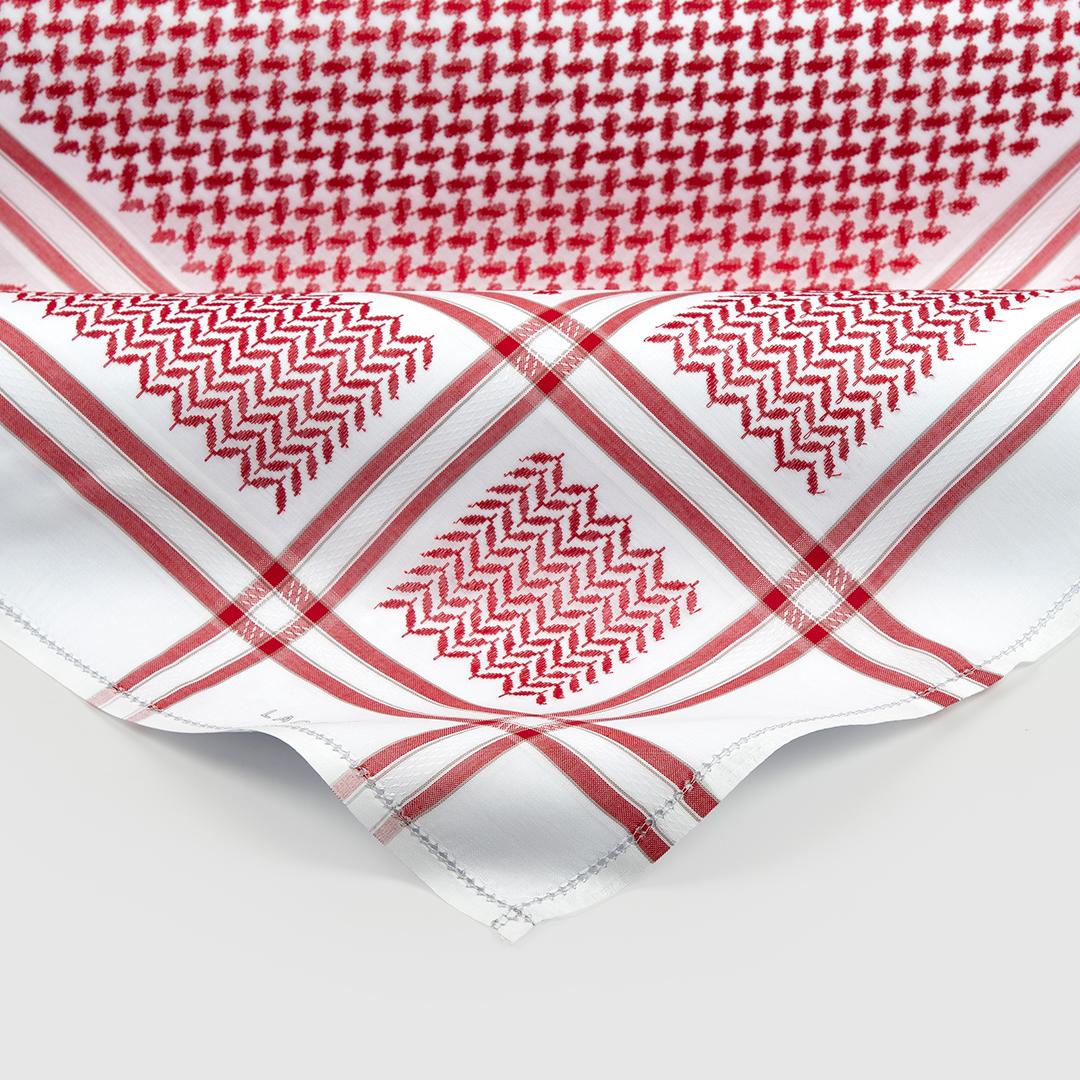 لاكوفا نيفي أحمر مع طقم لكسون أبيض