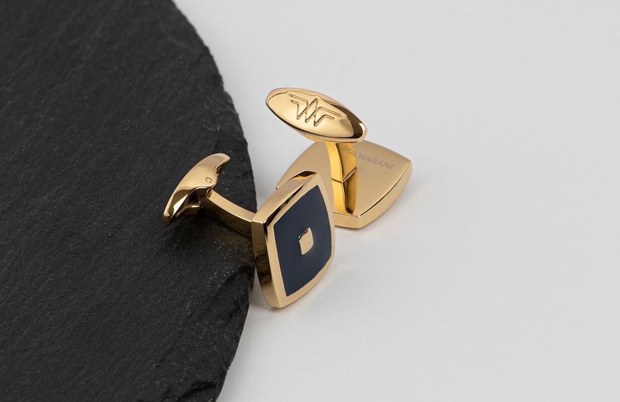 طقم أزرق عامق محاط بالذهبي - نيتو ماراني