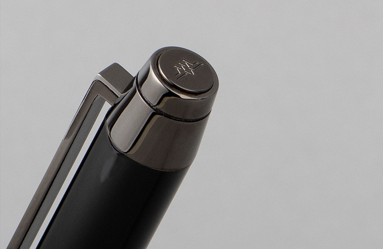 طقم أسود رصاصي منقوش- نيتو ماراني