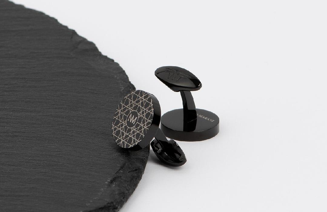 طقم أسود بتصميم عصري - نيتو ماراني
