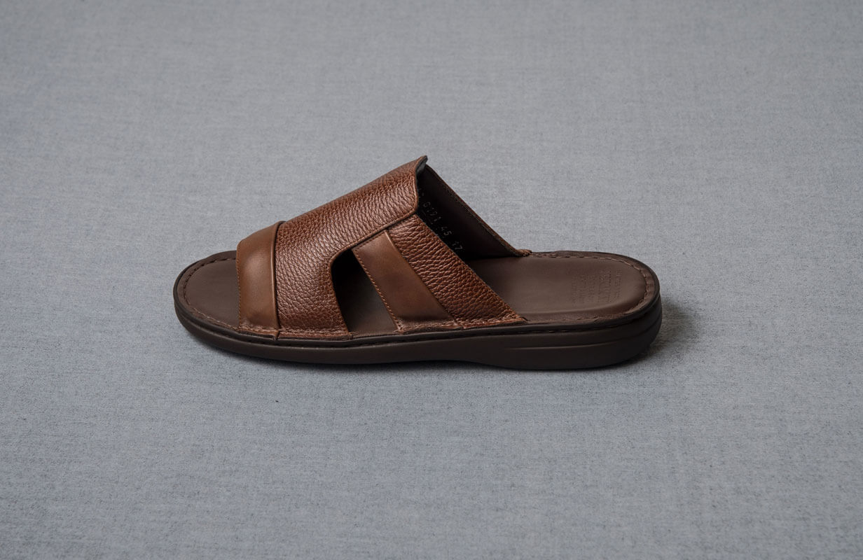 Brown men's shoes from Vermonti