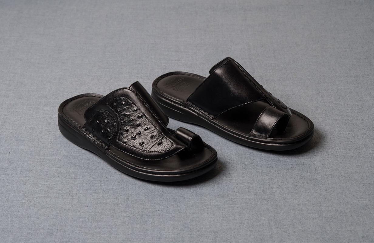Black oriental men's shoes from Vermonti