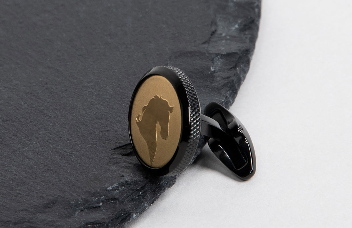 Black Cufflinks engraved with Gold Horse - NIETO MARANI